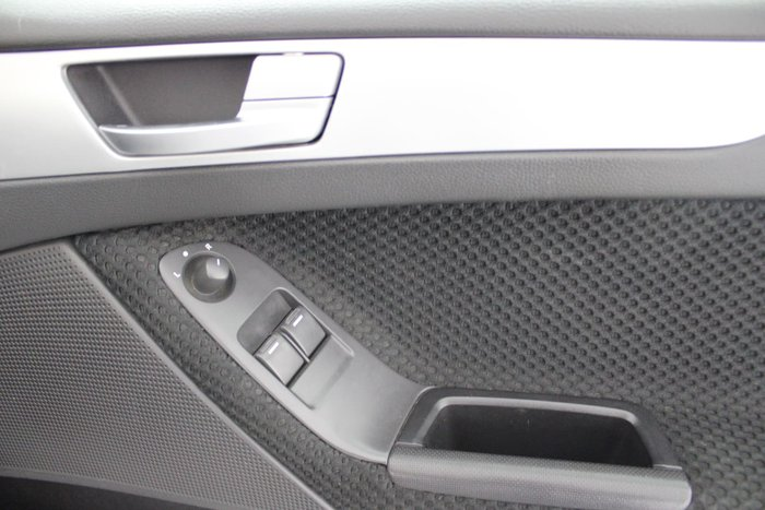 2012 Ford Falcon Ute XR6 FG MkII Lightning Strike