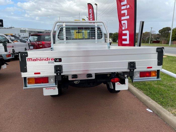 2021 Mahindra PIK-UP S6+ (No Series) 4X4 White