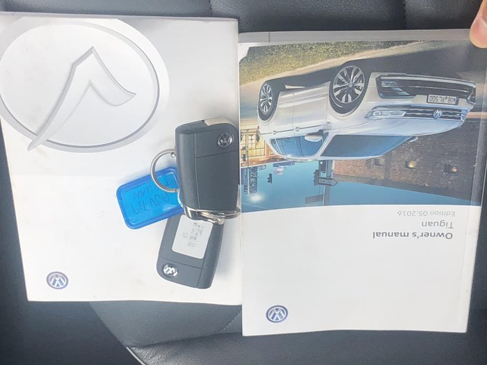 2016 Volkswagen Tiguan 132TSI Comfortline 5N MY17 Four Wheel Drive Pure White