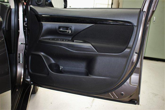 2020 Mitsubishi Outlander ES ZL MY20 AWD Brown