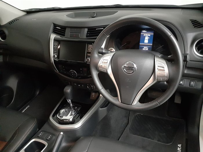 2019 Nissan Navara N-TREK D23 Series 4 4X4 Dual Range White Diamond