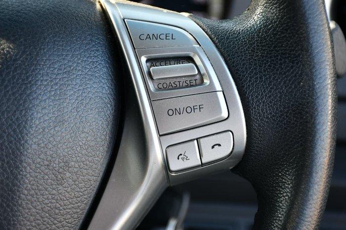 2015 Nissan Navara ST D23 4X4 Dual Range Silver