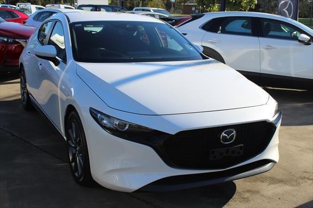 2021 MAZDA Mazda3 G20 EVOLVE MAZDA3 N 6AUTO HATCH G20 EVOLVE Snowflake White Pearl
