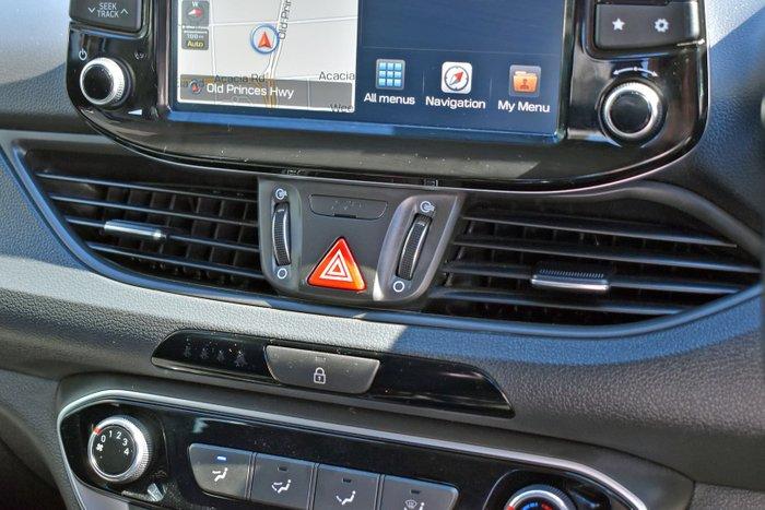 2018 Hyundai i30 Active PD MY18 Platinum Silver