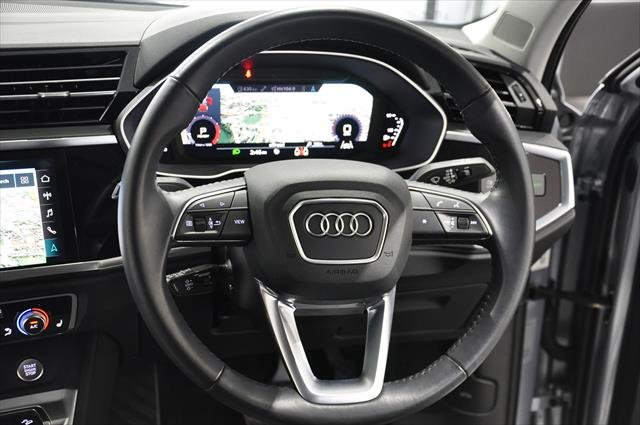 2020 Audi Q3 35 TFSI Launch Edition F3 MY20 Florett Silver metallic