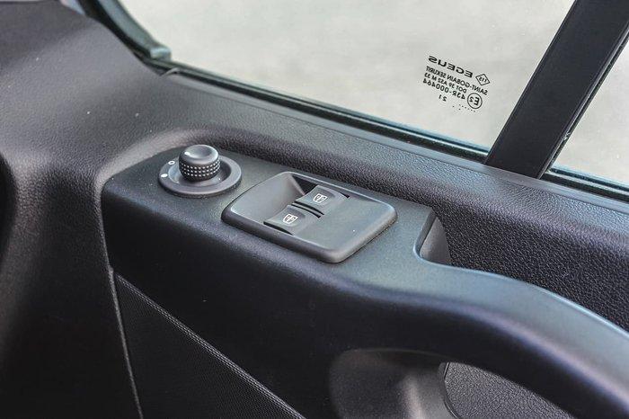2021 Renault Trafic Pro 85kW X82 Grey