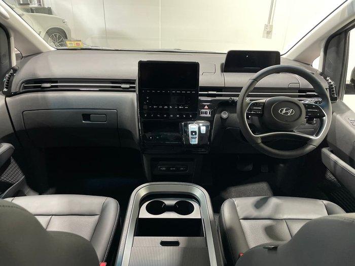 2021 Hyundai STARIA Highlander US4.V1 MY22 AWD Grey