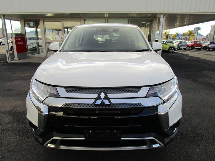 2021 Mitsubishi Outlander ES ZL MY21 AWD White