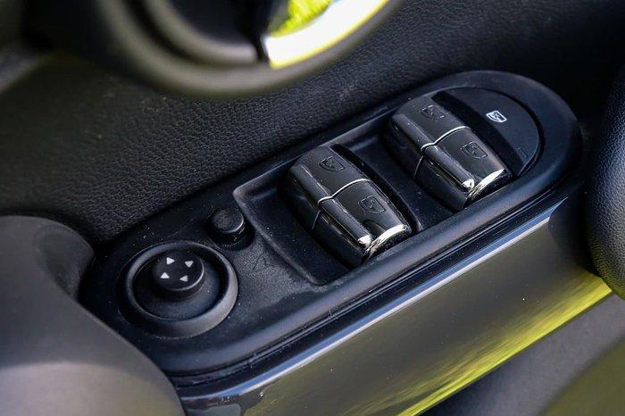 2017 MINI Hatch Ray F55 Black
