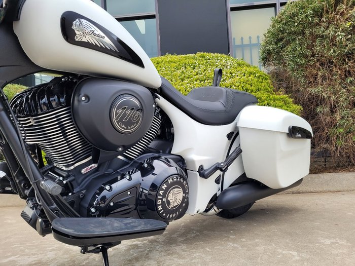 2021 Indian SPRINGFIELD DARK HORSE WHITE White