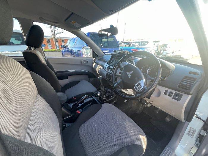 2012 Mitsubishi Triton GL-R MN MY12 4X4 Dual Range White