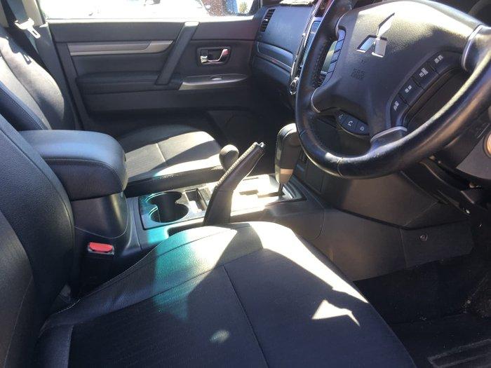 2017 Mitsubishi Pajero GLS NX MY18 4X4 Dual Range Pitch Black