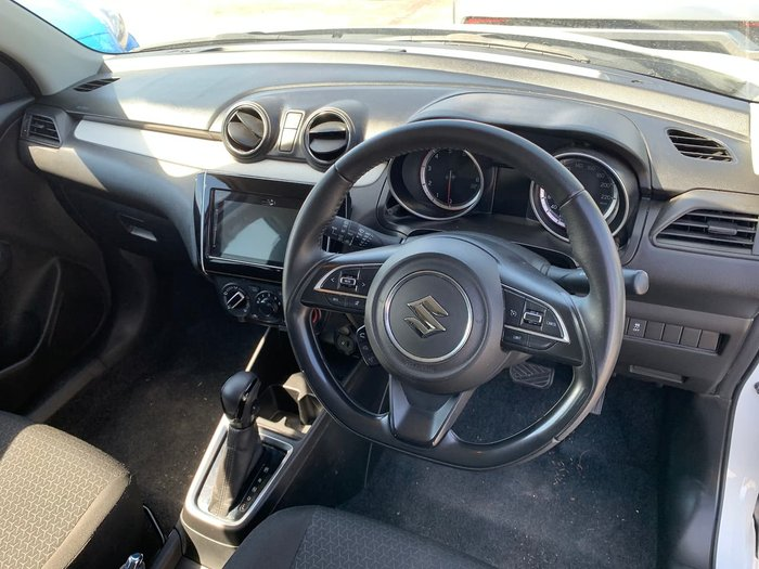 2020 Suzuki Swift GL Navigator AZ White