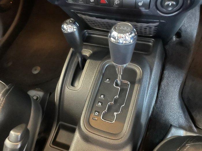 2015 Jeep Wrangler Unlimited Overland JK MY16 4X4 Dual Range Black