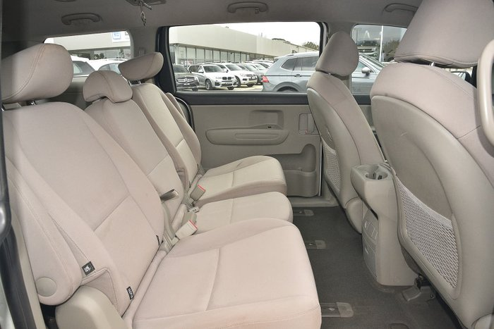 2019 Kia Carnival S YP MY19 Clear White