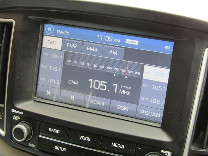 2017 Hyundai iMax TQ3-W Series II MY17 White