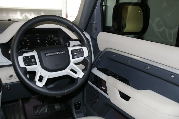 2020 Land Rover Defender 110 P400 S L663 MY20 AWD Indus Silver