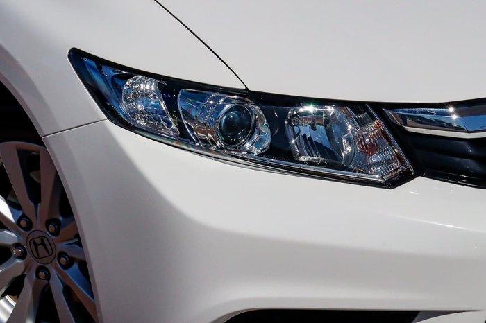 2012 Honda Civic VTi-L 9th Gen White