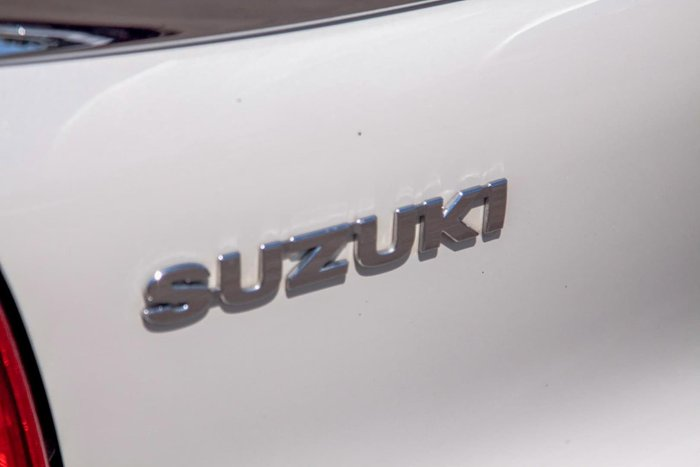 2018 Suzuki Baleno GL EW Arctic White