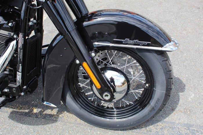 2021 Harley-davidson FLHCS HERITAGE CLASSIC 114 VIVID BLACK