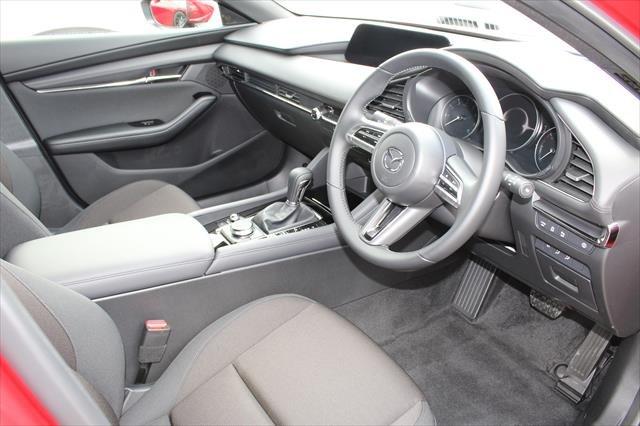 2021 MAZDA Mazda3 G25 EVOLVE MAZDA3 N 6AUTO HATCH G25 EVOLVE Soul Red Crystal