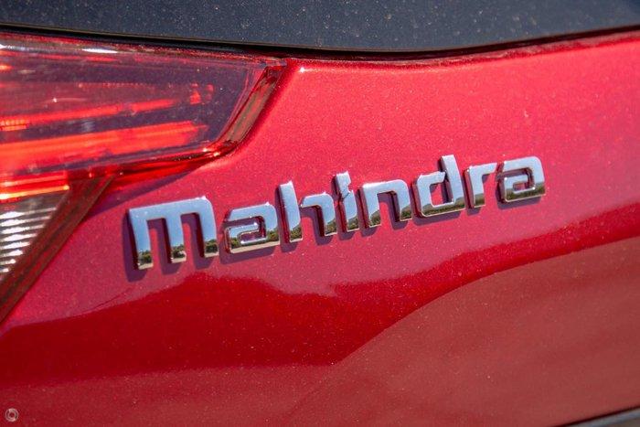 2021 Mahindra XUV500 W6 MY19 Crimson Red