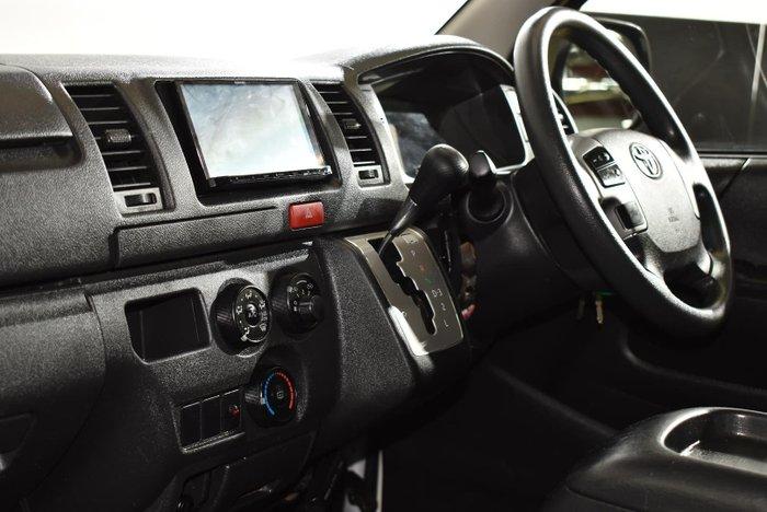 2016 Toyota Hiace KDH201R French Vanilla