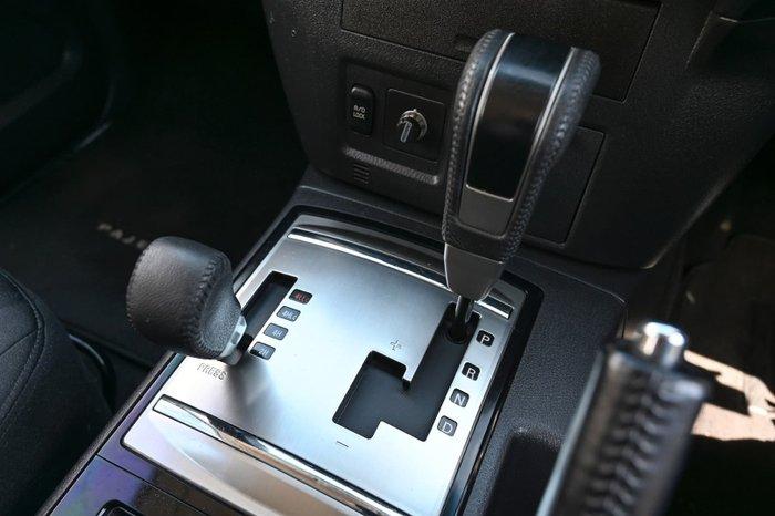 2016 Mitsubishi Pajero GLX NX MY16 4X4 Dual Range White