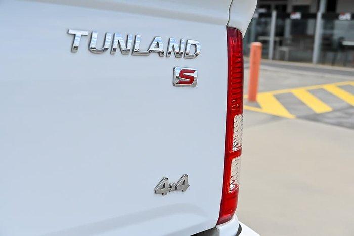 2018 Foton Tunland Luxury P201 4X4 White