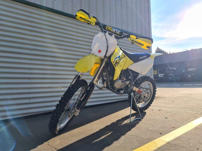 2021 Suzuki RM85L RM Championship Yellow No.2
