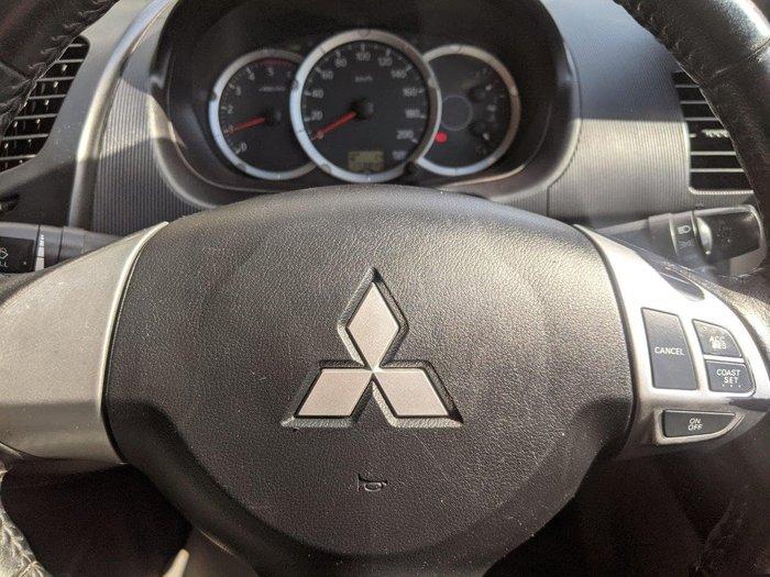 2013 Mitsubishi Triton GLX MN MY13 4X4 Dual Range White
