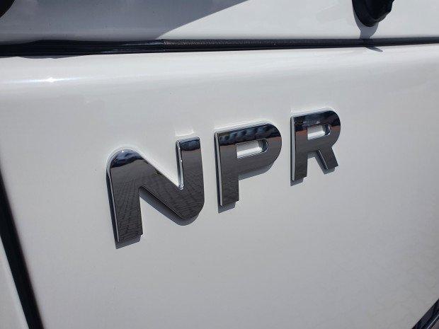2021 Isuzu NPR 75-190 4 Ton LWB Tray