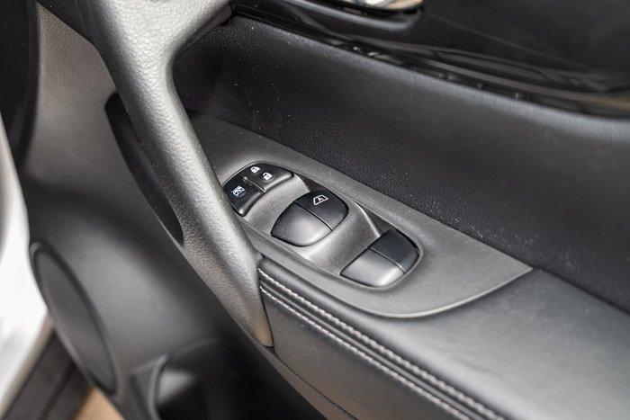 2017 Nissan X-TRAIL ST T32 Brilliant Silver