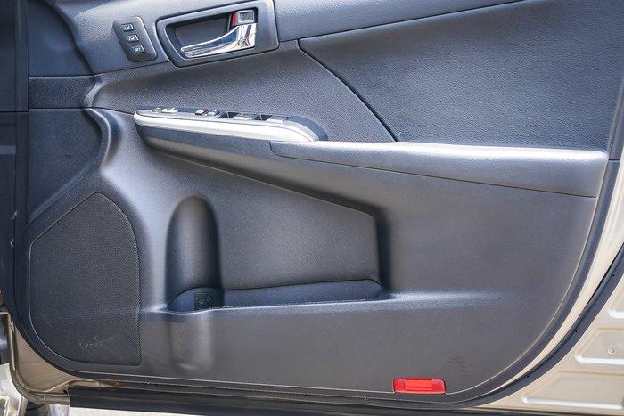 2017 Toyota CAMRY Camry L4 Atara SL 2.5L Petrol Automatic Sedan 3A15930 002 Magnetic Bronze