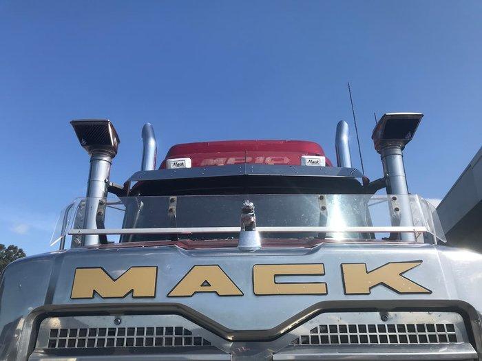 2012 MACK SUPERLINER MAROON