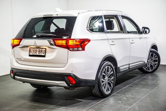 2017 Mitsubishi Outlander LS Safety Pack ZK MY17 4X4 On Demand Cool Silver