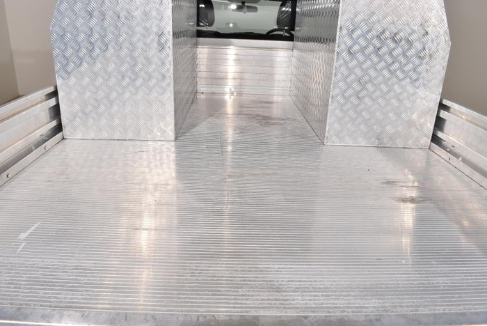 2015 Isuzu D-MAX SX MY15 Splash White