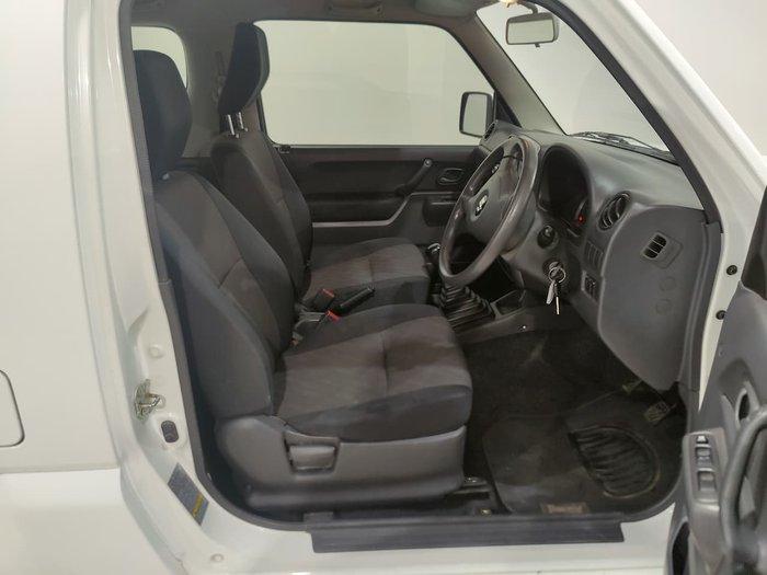 2013 Suzuki Jimny Sierra SN413 T6 MY13 4X4 Dual Range Superior White