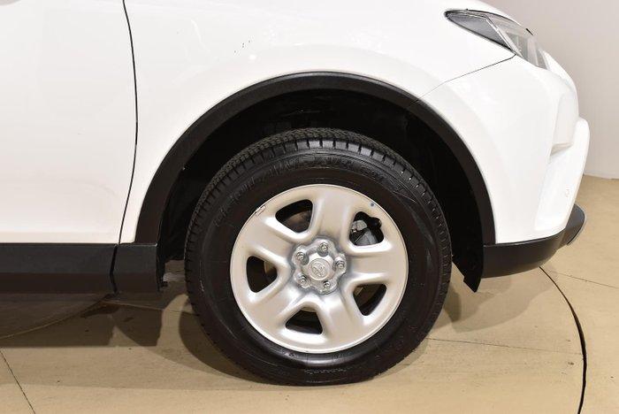 2017 Toyota RAV4 GX ZSA42R Glacier White