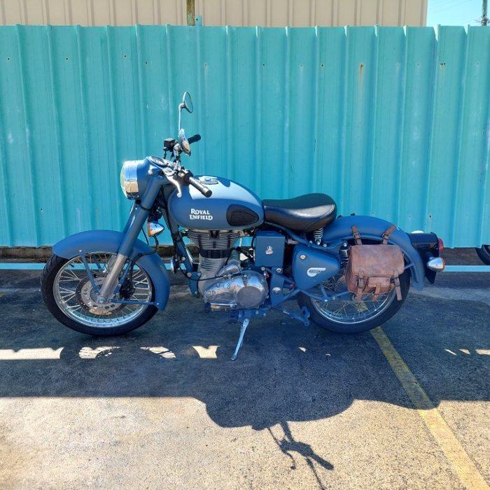 2017 ROYAL ENFIELD (SEE ALSO ENFIEL CLASSIC 500 Red