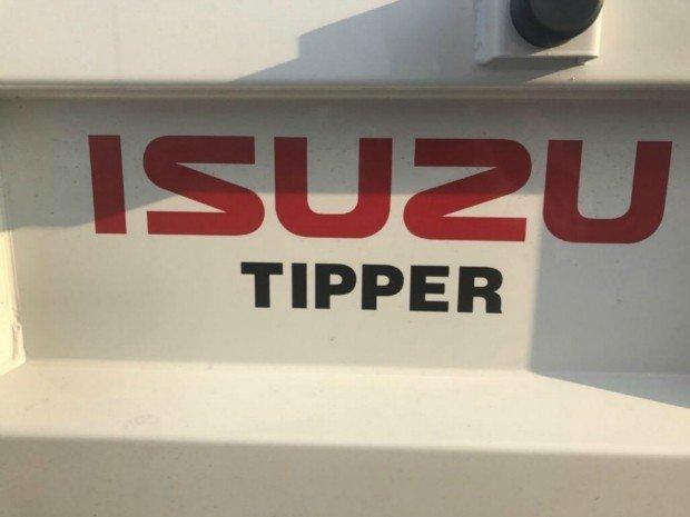 2017 Isuzu NPR 65/45-190 TIPPER