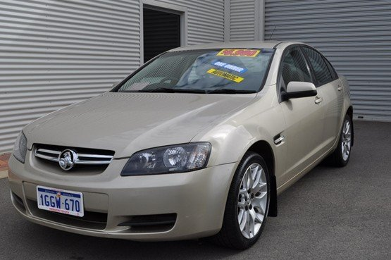 2008 HOLDEN COMMODORE