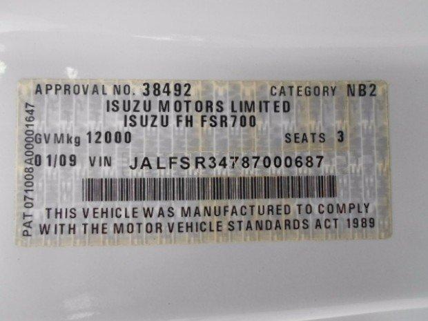 2009 Isuzu FSD700 ISUZU FSD700 10 PALLET