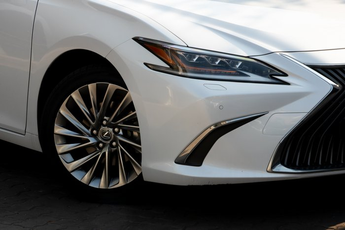2018 Lexus ES ES300h Sports Luxury AXZH10R SONIC QUARTZ