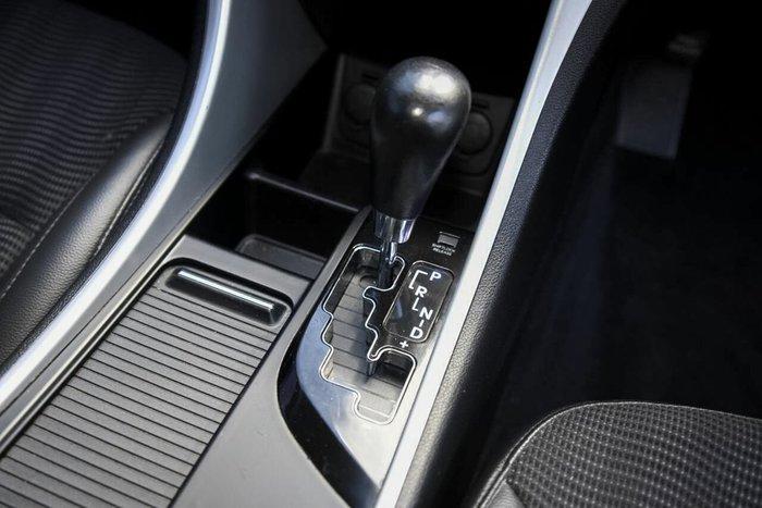 2011 Hyundai i45