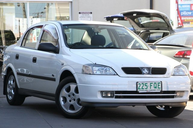2000 Holden Astra