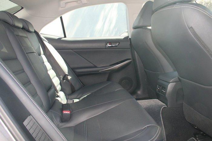 2015 Lexus IS300H
