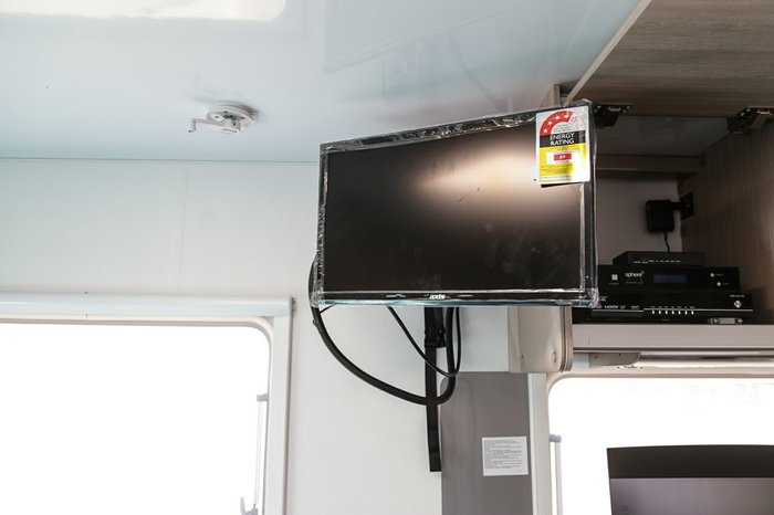 2017 Avida Avida Caravan CV7336 BB3 Emera