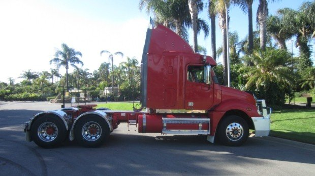 2008 Freightliner Columbia CL120 CL 120
