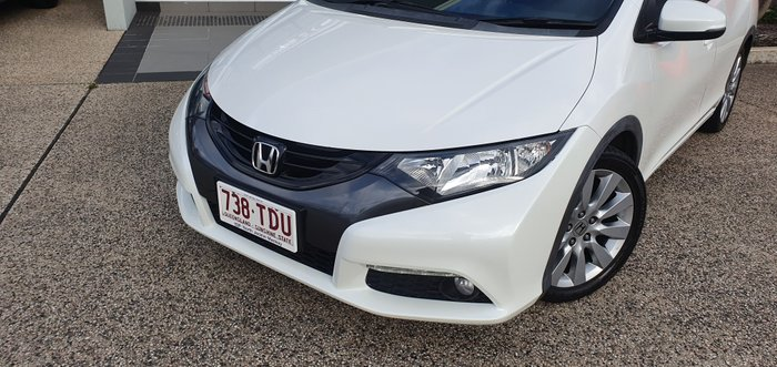 2012 HONDA CIVIC VTi-L 9th Gen VTi-L Hatchback 5dr SA 5sp 1.8i WHITE